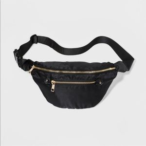 A new day Womens zip fanny pack
